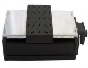 电动平移台(加装防尘罩):